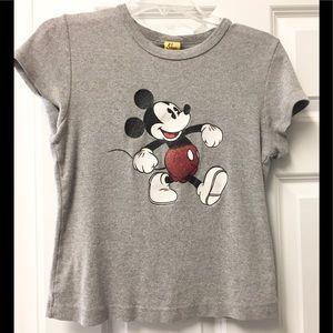 Adorable sparkling ✨ Mickey Mouse 🐭 shirt!
